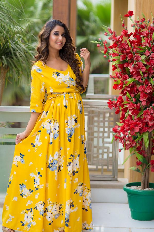 Check Out These Mesmerizing Maternity Gowns and Add Them To Your Wardrobe Today!